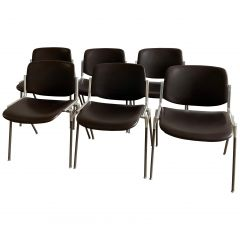 Mid-Century Modern Italian 6 Stackable Chairs by Giancarlo Piretti for Castelli