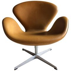 2007 Tan Leather Swan Chair by Arne Jacobsen for Fritz Hansen