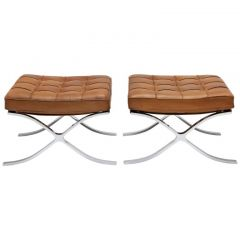 Pair of 1960s Leather Stools by Ludwig Mies vd Rohe for Knoll