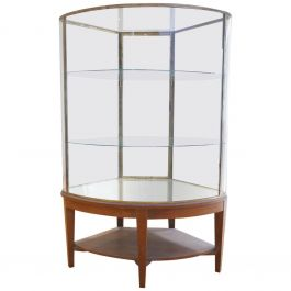 Exceptional Early 20th Century English Bow Glass Display Cabinet