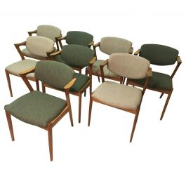 Kai Kristiansen Set of Eight Restored Dining Chairs in Oak, Inc. Reupholstery
