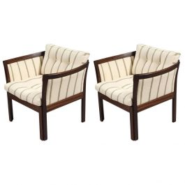 1960s Illum Vikkelso Danish Plexus Easy Chairs in Mahogany and White Fabric