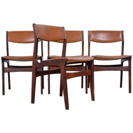 Set of Four Dining Chairs in Rosewood by Nova, Danish Design