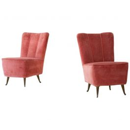 Pair of Italian Pink Velvet Easy Chairs by ISA, 1950s