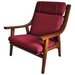 Hans Wegner Lounge Chair in Stained Oak, GETAMA, Denmark, 1970s