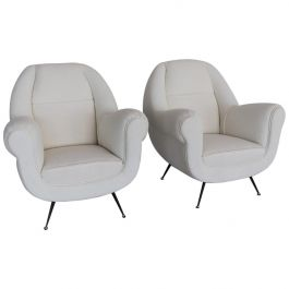 Italian Vintage Armchairs in White Upholstery and Brass Stiletto Feet, 1960s