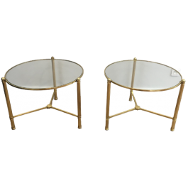 PAIR OF NEOCLASSICAL ROUND SIDE TABLES
