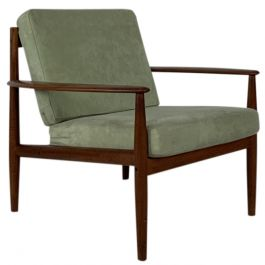 GRETE JALK 1960S TEAK LOUNGE CHAIR MADE BY FRANCE & SON DENMARK WITH GREEN UPHOLSTERY