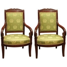 18th Century Pair Of Mahogany And Green Silk Upholstered Armchairs
