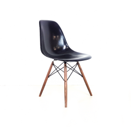 Eames Herman Miller Dsw Side Chair In Black