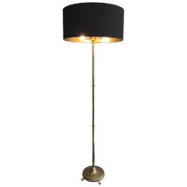 BRASS FLOOR LAMP WITH CLAW FEET