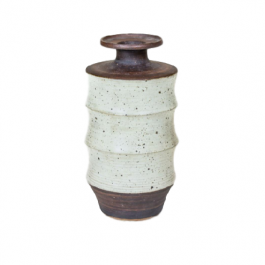 A stoneware ribbed vase by Geoffrey Eastop (1921 - 2014)