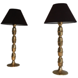 PAIR OF TALL BRASS TABLE LAMPS, CIRCA 1960