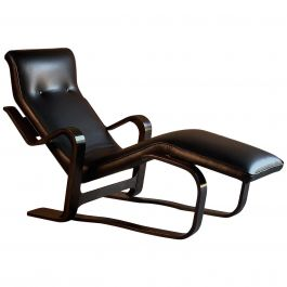 Marcel Breuer Long Chair Chaise Lounge by Isokon, circa 1970 Bauhaus Midcentury