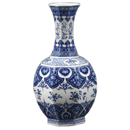 An 18th century blue and white Chinese vase