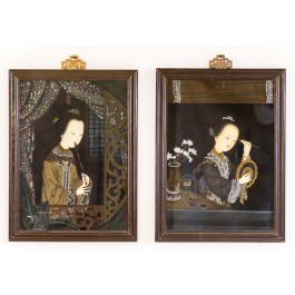 A PAIR OF REVERSE GLASS PAINTED PORTRAITS OF CHINESE WOMEN