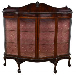 1920s Mahogany Serpentine Front Display Cabinet