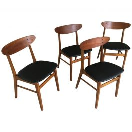 1960s Set of Four Danish Th. Harlev Dining Chairs in Teak and Beech by Farstrup