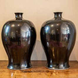 A pair of large Chinese vases