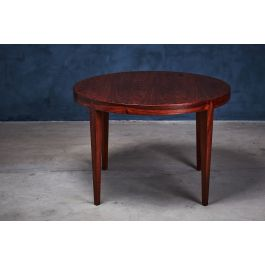 Round Rosewood Coffee Table by Severin Hansen for Haslev Møbelsnedkeri, 1950s
